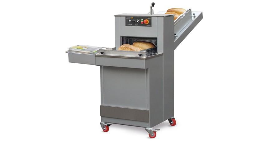 Bread slicer AKRA